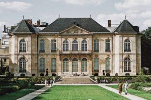 Private Tour To Paris